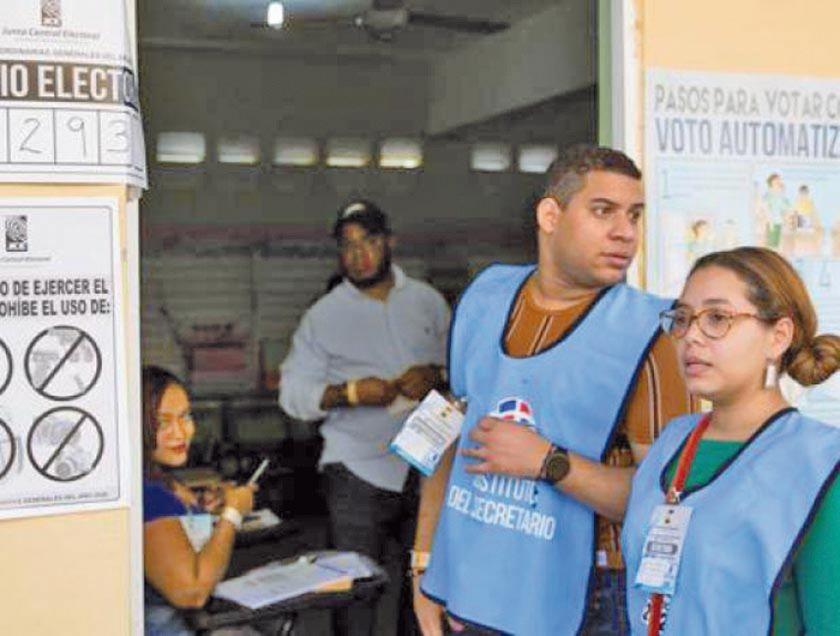 Suspenden elecciones en la República Dominicana