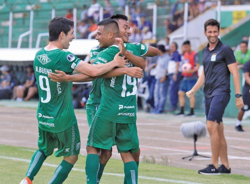 Oriente Petrolero goleó a Real Santa Cruz
