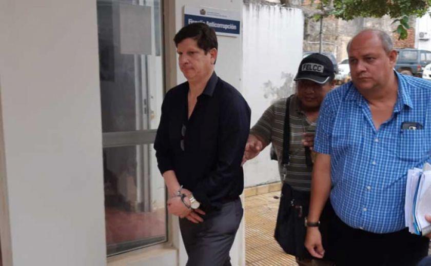 Arrestan a magistrado acusado de fraude en elecciones judiciales