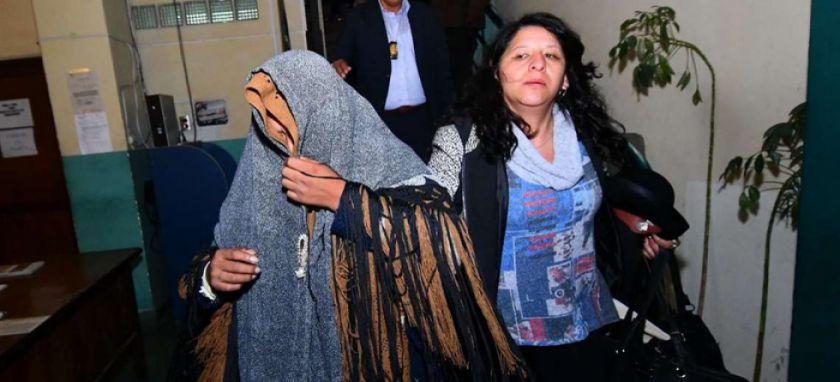 Aprehenden a viceministra Mamani por venta de cargos
