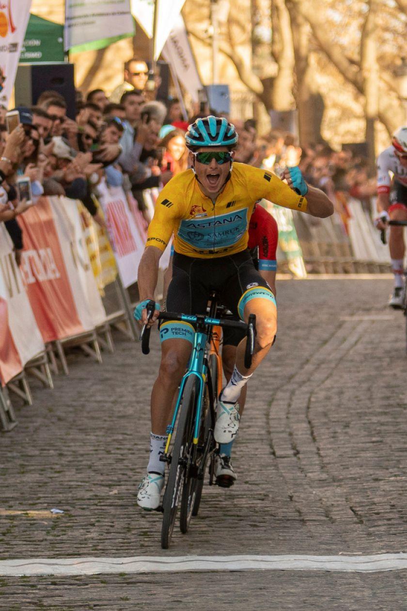 Fuglsang gana la  etapa 3 en Andalucía