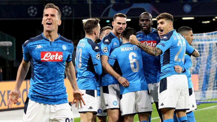 Nápoles remonta y gana a Brescia