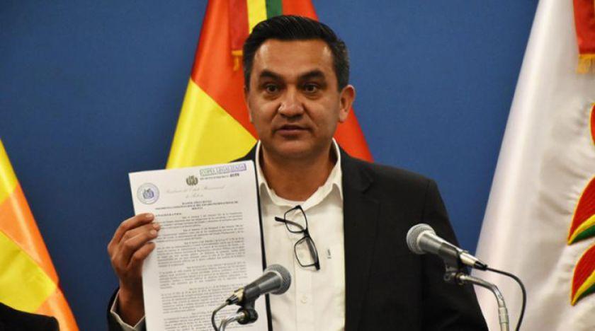 Promulgan decreto que prohíbe uso de bienes del Estado en campaña