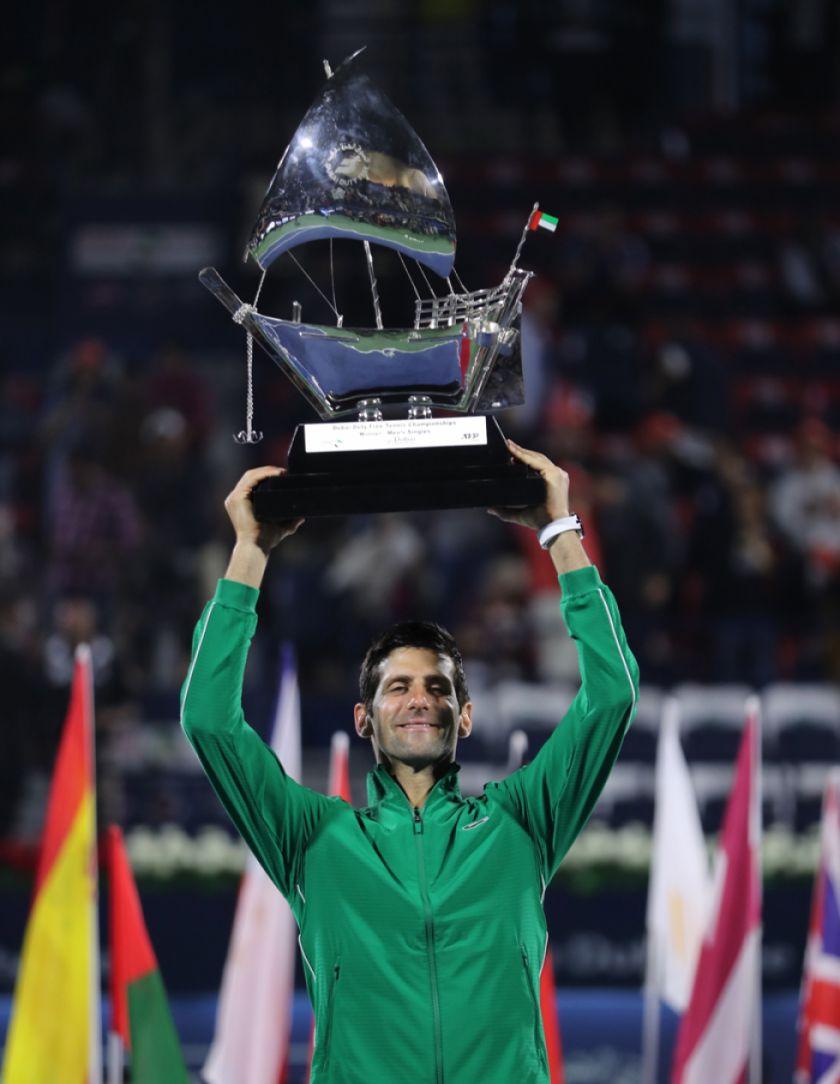 Djokovic se corona campeón de Dúbai