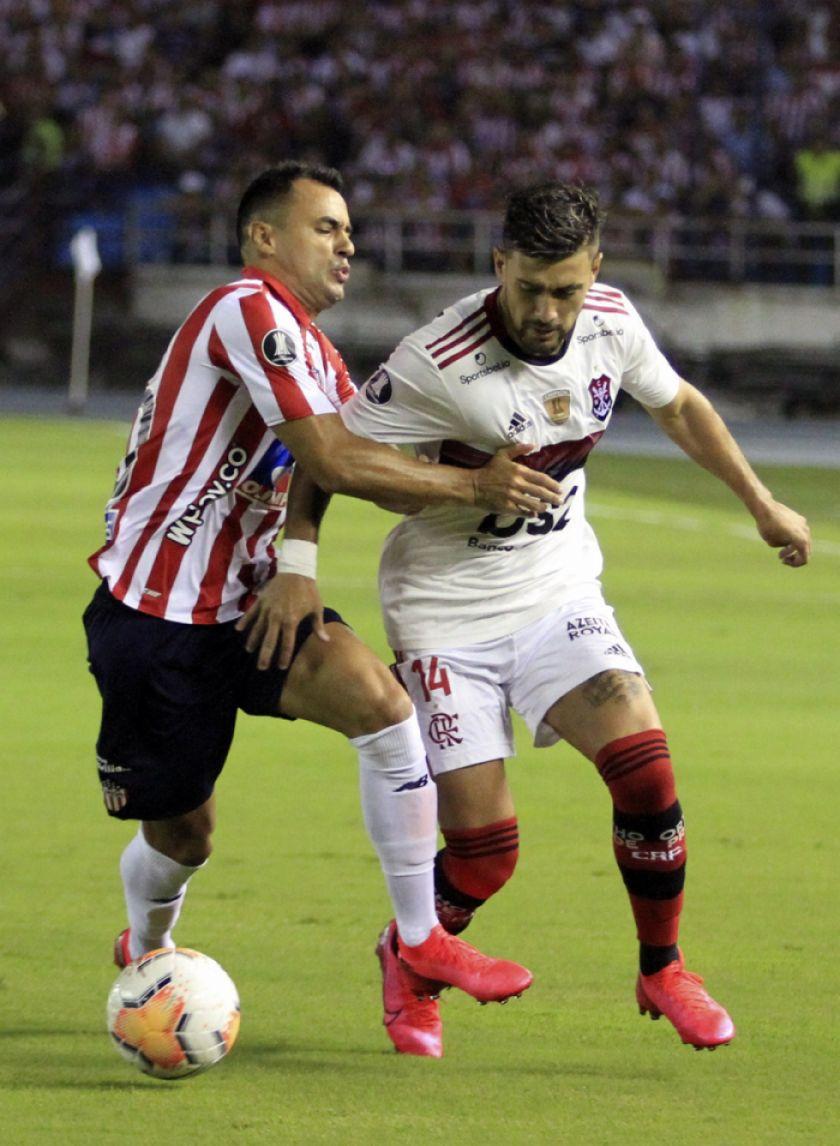 Flamengo se impone a Junior