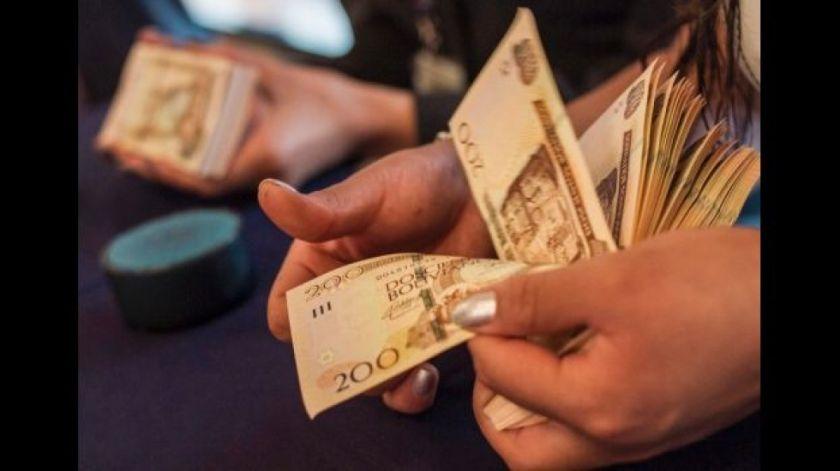 """Empresarios sugieren 2% de alza salarial y consideran """"irracional"""" propuesta de la COB"""