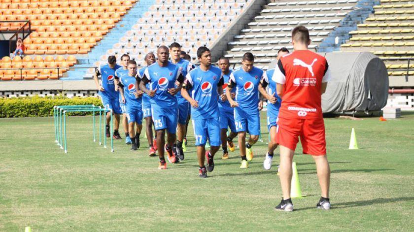 El Medellín desafía al flamante campeón argentino Boca Juniors