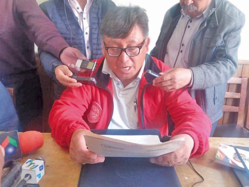 Gobierno suspende reunión sobre la fábrica de cemento
