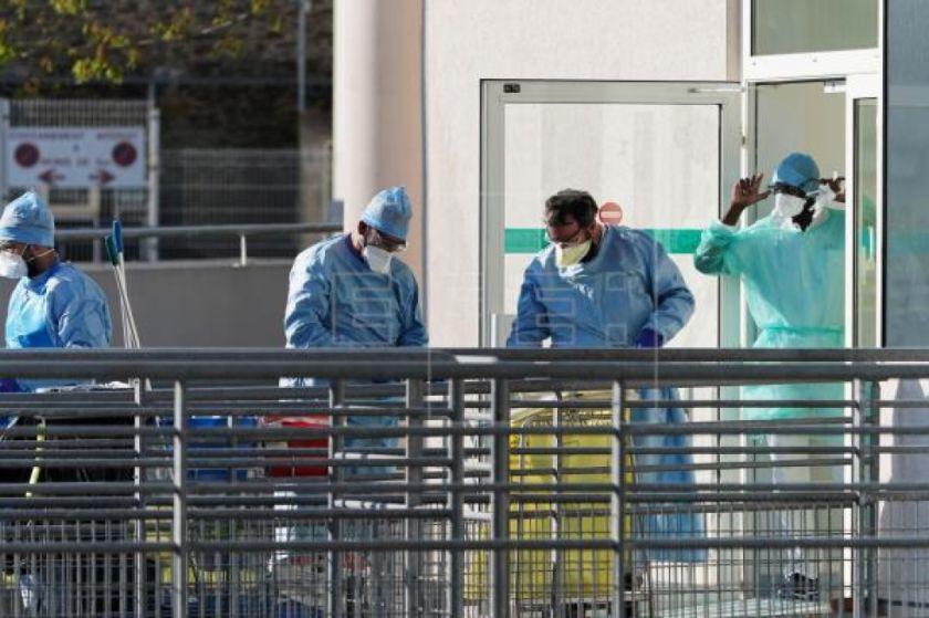 Polémica en Francia por no contabilizar las muertes por COVID-19 en casas y residencias