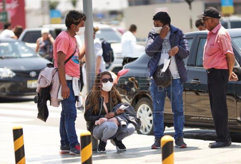 Perú reporta 852 casos de coronavirus, la mayoría en Lima, y 18 muertos
