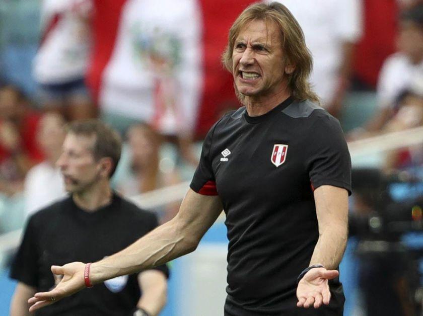 La Federación Peruana de Fútbol le reduce el sueldo al técnico Gareca