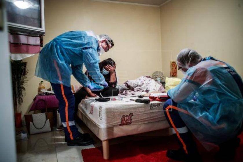 Francia suma 18.681 muertes pero confirma la caída de la tensión hospitalaria