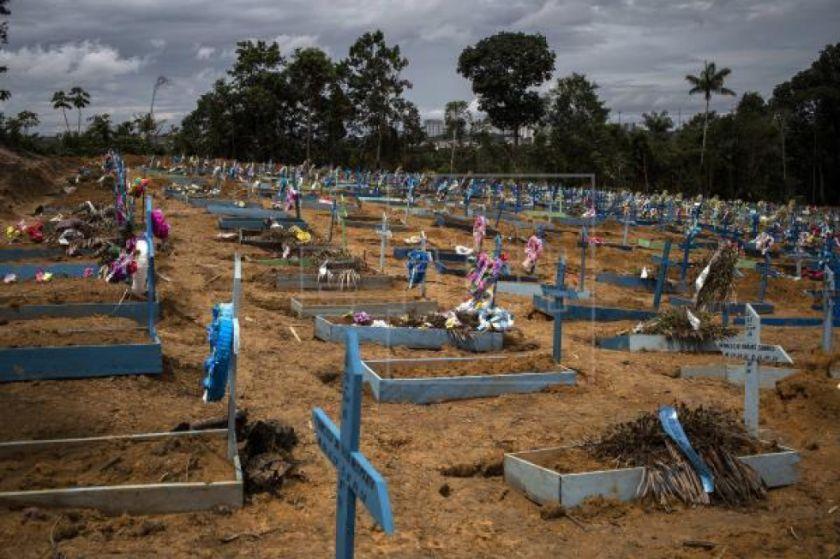 Gobierno de Brasil deniega enviar avión con 2.000 ataúdes a estado Amazonas