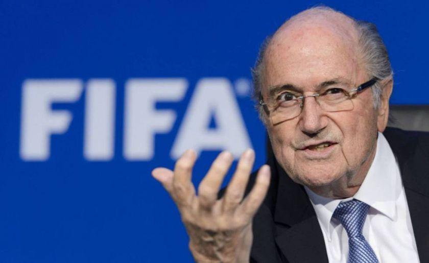 La FIFA busca que la justicia continúe una investigación contra Blatter
