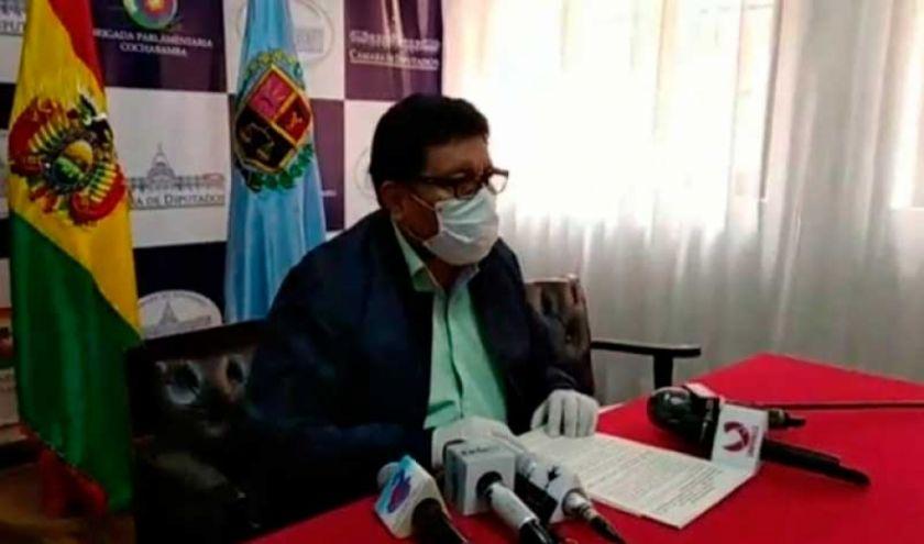 MAS pide a la Contraloría intervenir en el caso de uso de aviones de la FAB para particulares