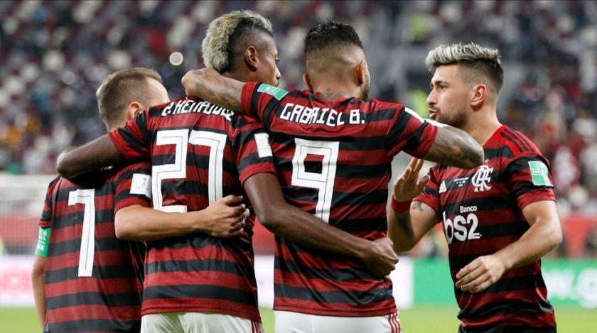 Tres futbolistas de Flamengo dieron positivo al coronavirus