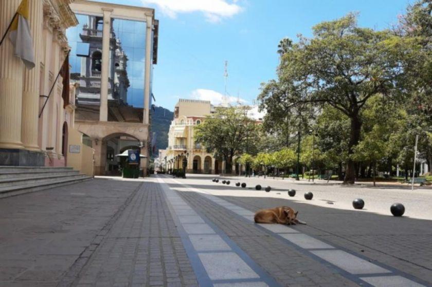 Postergan la repatriación de bolivianos de Salta por sospecha de caso de coronavirus