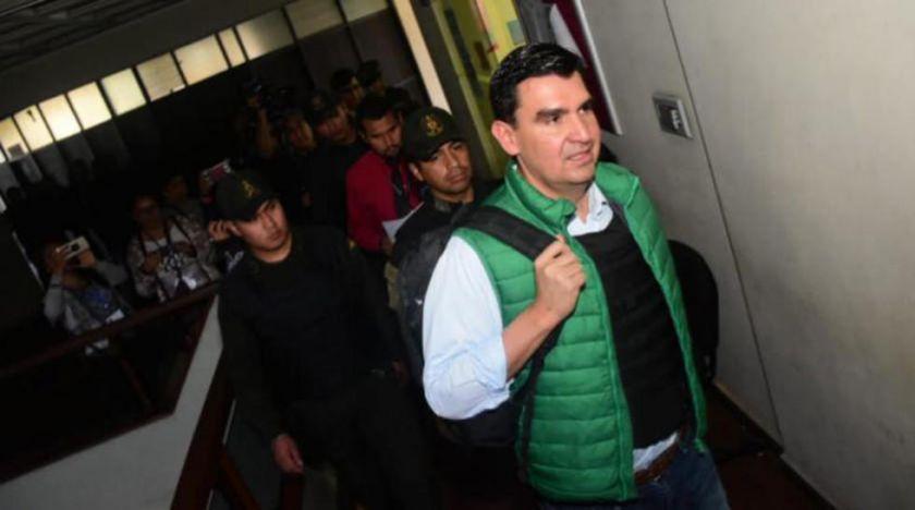 Fiscalía suspende la orden de aprehensión contra Leyes y reprograma la audiencia para el 2 de junio