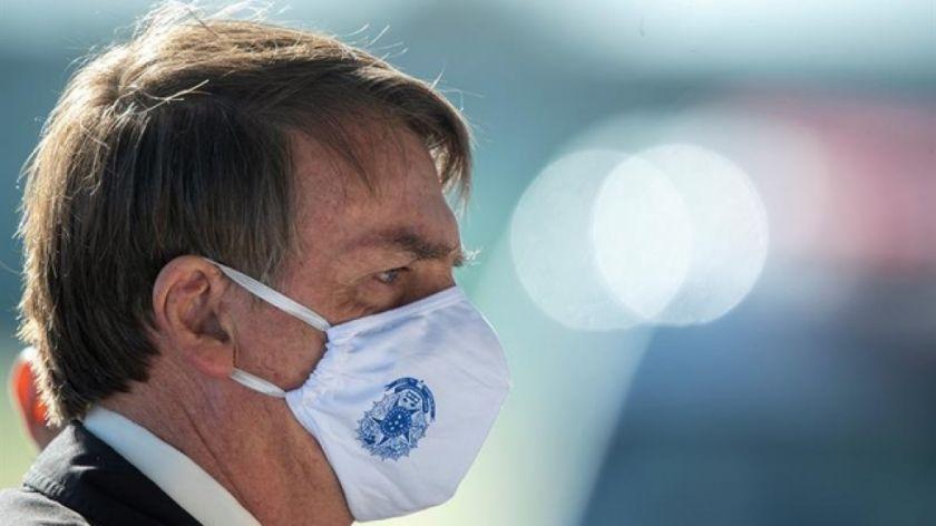 Una polémica reunión muestra poco interés de Bolsonaro por la pandemia en Brasil
