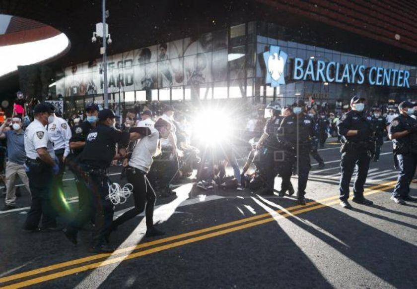 Nueva Yok investigará violentas protestas por muerte del afroamericano Floyd