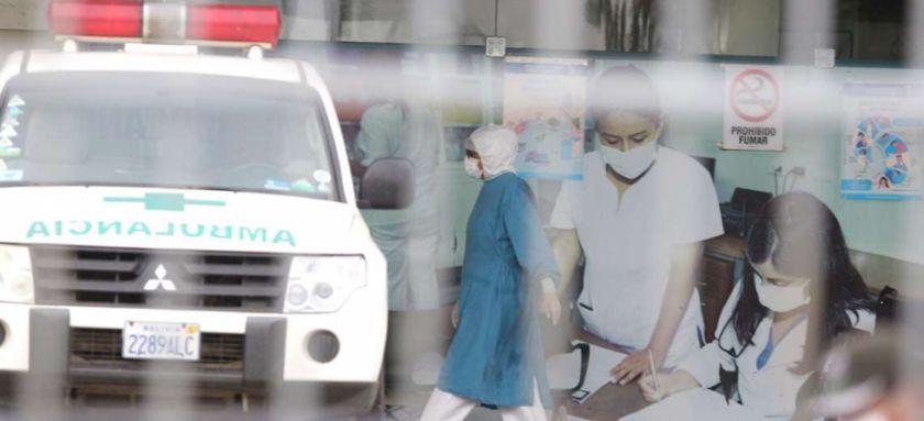 Cifra récord: Santa Cruz reporta 596 nuevos casos de coronavirus en un solo día