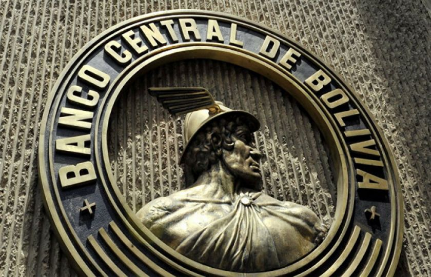 BCB niega intención de modificar el tipo de cambio y asegura estabilidad económica