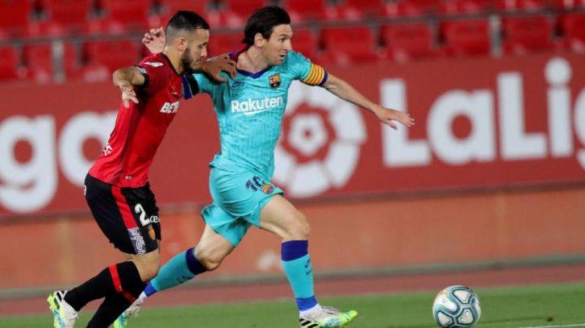 Messi volvió a jugar tras 98 días, convirtió y Barcelona goleó por la Liga de España