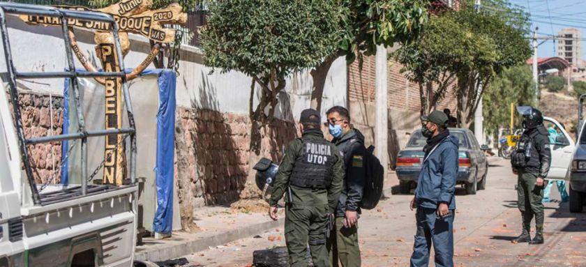 Policía disuade a reos tras motín en la cárcel de San Roque en Sucre