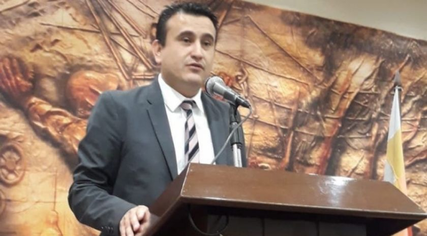 Empresario denuncia que ministro de Energías canceló importación de China
