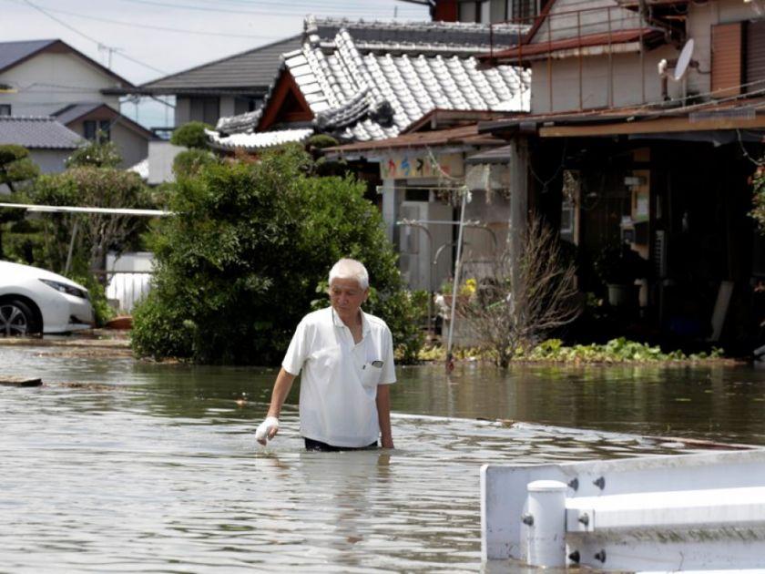 Lluvias torrenciales dejan 58 muertos y llegan al centro de Japón