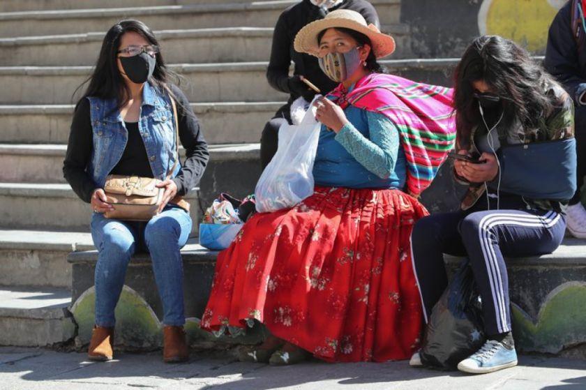 La curva de contagios por COVID-19 empeora en Bolivia con un nuevo récord diario