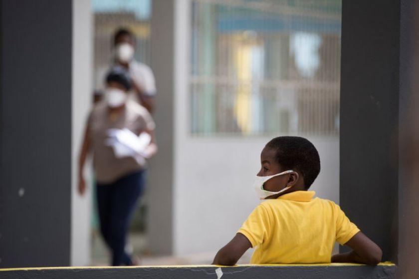 Hay un nuevo récord diario de casos de COVID-19 en República Dominicana, con 1.418
