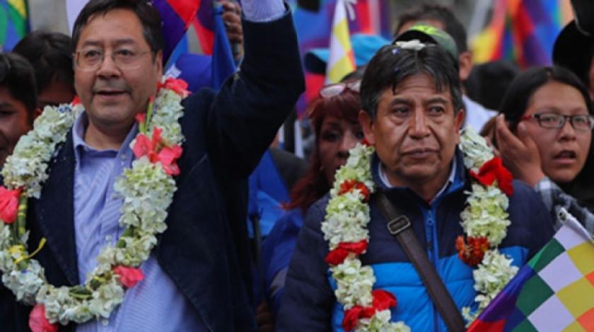 Juntos y Libre 21 piden al TSE anular personería del MAS e inhabilitar la candidatura de Arce