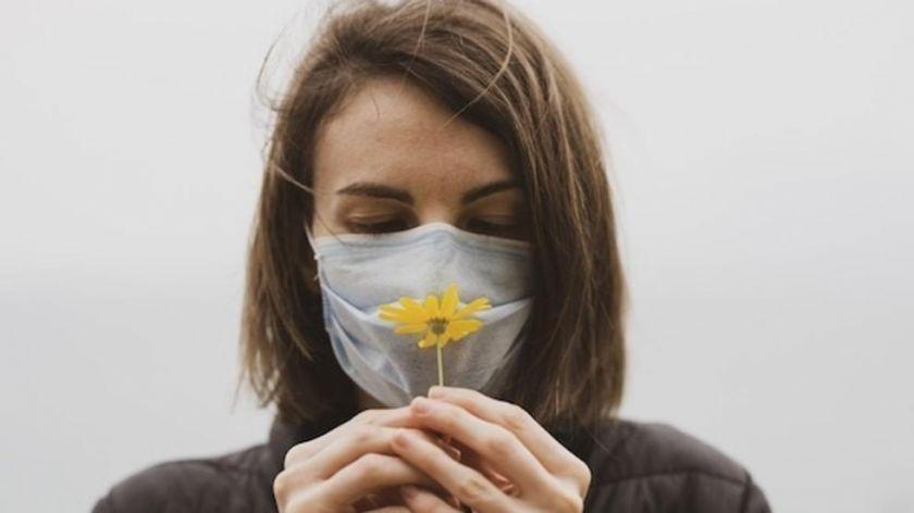 Hallan la clave que provoca la pérdida de olfato por el coronavirus