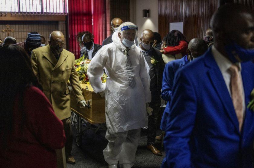Sudáfrica supera los 500.000 casos de COVID-19