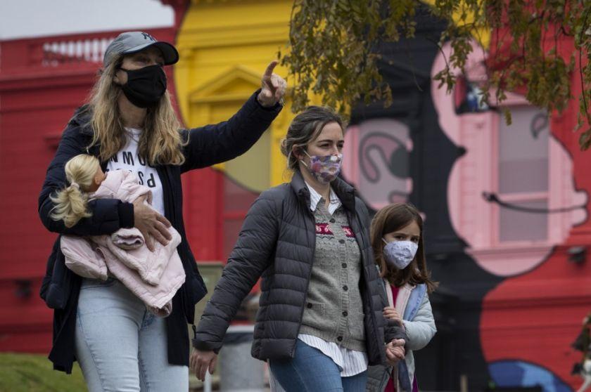 Se incrementa a diario los muertos y contagios de COVID-19 en Argentina