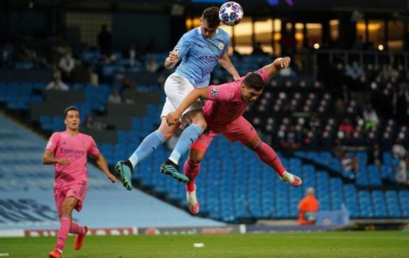 Manchester City aprovechó errores de Real Madrid y avanzó a cuartos