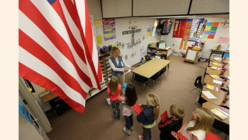 Estados Unidos reinicia clases con casos de contagios entre estudiantes