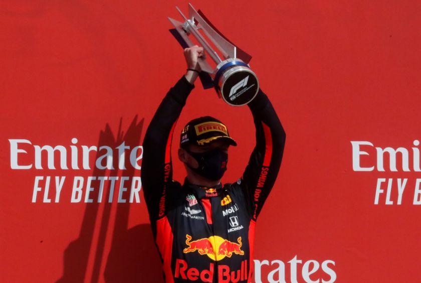 Verstappen gana el Gran Premio del 70 Aniversario