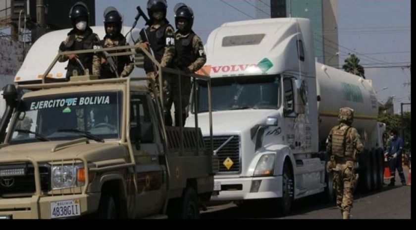 Viceministro asegura que la caravana de cisternas con oxígeno no podrá llegar a La Paz