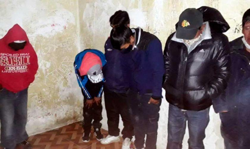 Arrestan a 17 personas en El Alto, tras denuncias de comerciantes atemorizadas
