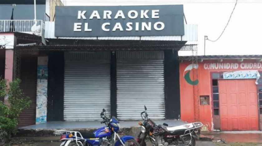 Encapuchados abren fuego en karaoke en Yapacaní y matan a dos personas