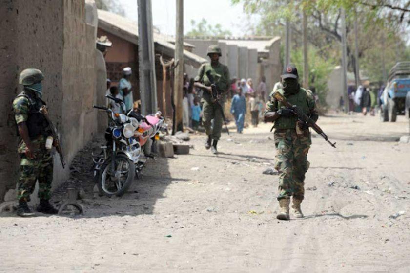 Yihadistas toman como rehenes a cientos de civiles en Nigeria