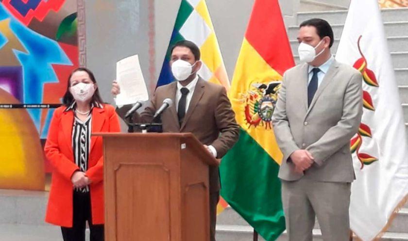 Gobierno afirma que precio de respiradores chinos subió por gastos de logística