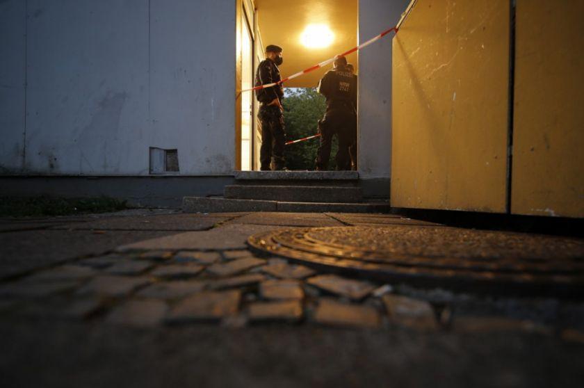 Policía alemana halla cinco niños muertos en su domicilio
