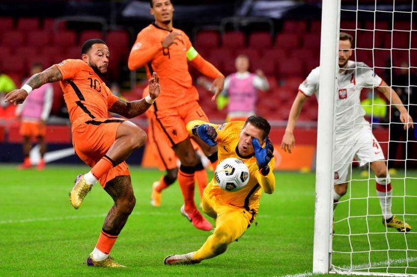 Holanda se estrena sin Koeman en el banquillo con triunfo 1-0 ante Polonia