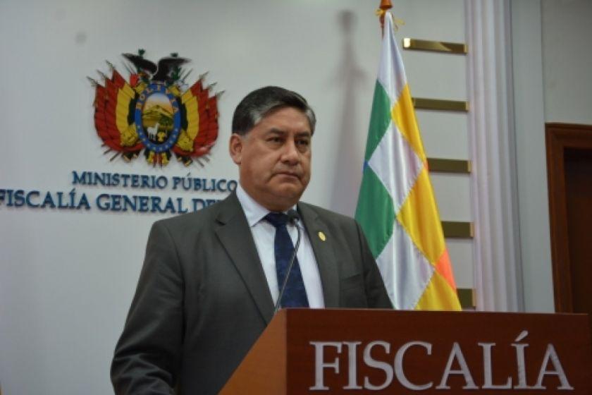 Afirman que la salida del Fiscal General Juan Lanchipa es cuestión de tiempo
