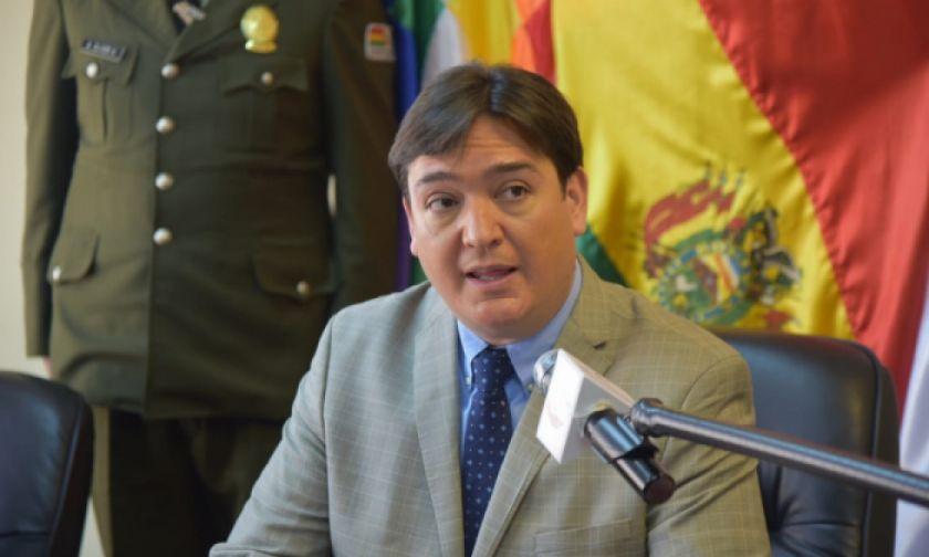 Buscan que familias de víctimas por falta de oxígeno participen en demanda contra Morales en la CPI