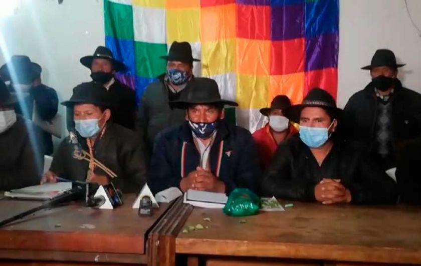 Dirigentes campesinos de La Paz toman la sede de la CSUTCB