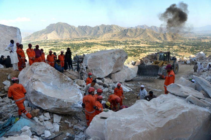 Derrumble de una mina en Pakistán deja 18 mineros fallecidos